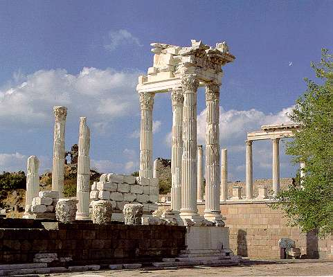 Turkey In Pictures - Picture File - bergama02.jpg